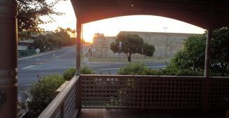 汉普顿旅馆 - 弗里曼特尔 - 阳台