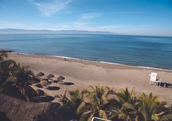 巴拉德罗别墅酒店 - Nuevo Vallarta - 海滩