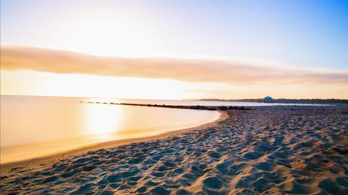 荷尔斯泰因霍夫酒店 - 蒂门多弗施特兰德 - 海滩
