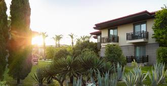 Tui蓝棕榈园度假村 - 马纳夫加特 - 建筑