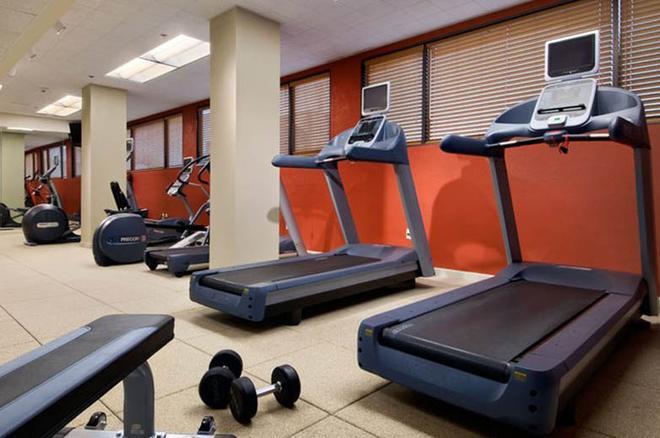 休斯顿哈比机场希尔顿逸林酒店 - 休斯顿 - 健身房