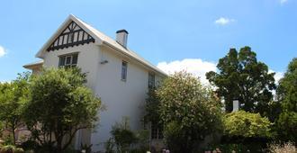 Whispering Oaks - 乔治 - 建筑