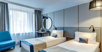 艾罗斯塔酒店 - 莫斯科 - 睡房