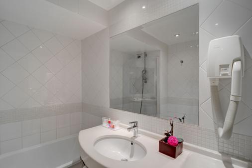 柯马丁歌剧院阿斯托利亚酒店 - 巴黎 - 浴室