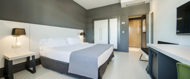 毕尔包依路尼恩酒店 - 毕尔巴鄂 - 睡房