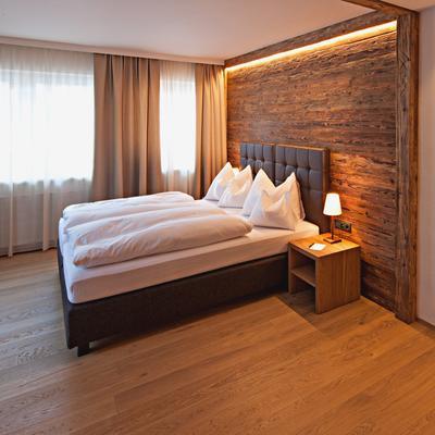 普费福克恩斯酒店 - 莱赫阿尔贝格 - 睡房