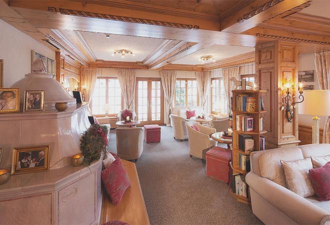 普费福克恩斯酒店 - 莱赫阿尔贝格 - 休息厅