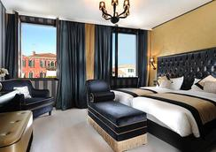 嘉年华皇宫酒店 - 威尼斯 - 睡房