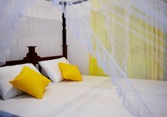 Hotel Vacanza - Mirissa - 睡房