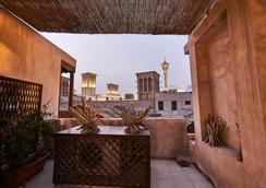 Xva 艺术酒店 - 迪拜 - 露天屋顶