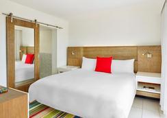 迈阿密南滩皇家棕榈尊贵度假酒店 - 迈阿密海滩 - 睡房