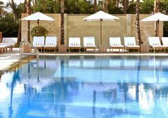 迈阿密南滩皇家棕榈尊贵度假酒店 - 迈阿密海滩 - 游泳池