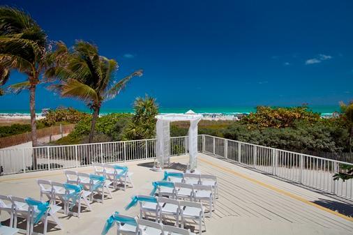萨沃伊酒店和海滩俱乐部 - 迈阿密海滩 - 阳台