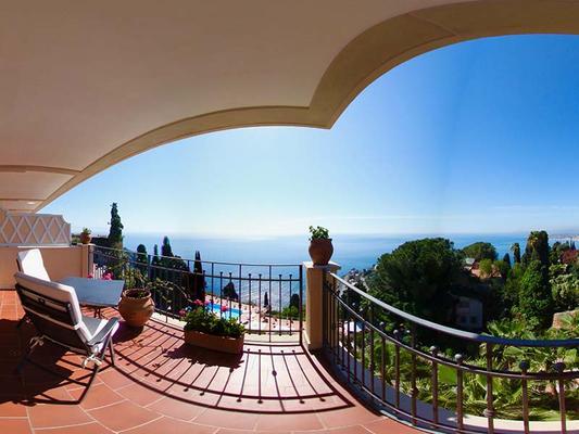 圣佩特洛瑞拉斯&城堡大酒店 - 陶尔米纳 - 阳台
