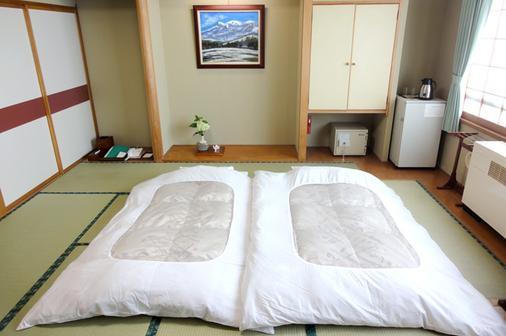 藏王温泉堺屋森之酒店Wald Berg - 山形市 - 睡房
