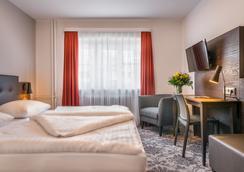 阿斯托利亚酒店 - 汉堡 - 睡房