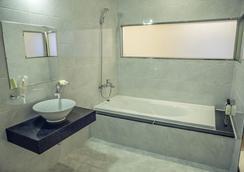 仁川机场天空休闲酒店 - 仁川 - 浴室