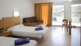 颂凯月伊波索尔酒店 - 帕尔马诺瓦 - 睡房