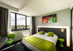 奥森纳酒店及水疗中心 - 斯特拉斯堡 - 睡房