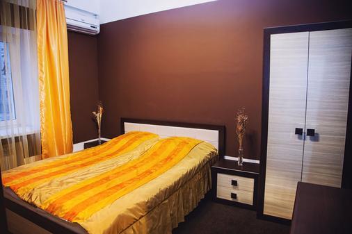 喀山蒙普莱西尔酒店 - 喀山 - 睡房