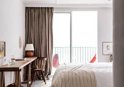 罗驰路奇酒店 - 圣拉斐尔 - 睡房
