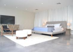 北海滩乡村度假酒店 - 劳德代尔堡 - 睡房