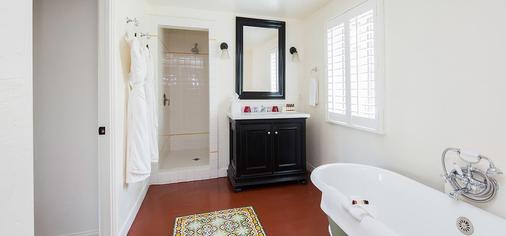 科隆尼棕榈树酒店 - Palm Springs - 浴室