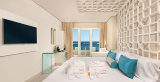 阿玛瑞马贝拉海滩酒店-仅限成人 - 马贝拉 - 睡房