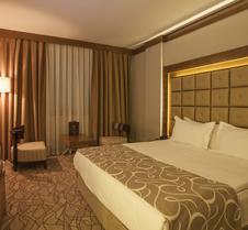 加齐安泰普大酒店