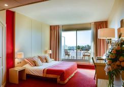 卡西诺酒店 - 耶尔 - 睡房