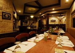 Comsaed River Kwai Resort - 北碧 - 餐馆