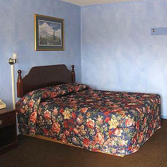 Palace Inn - 德梅因 - 睡房