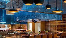 曼谷拉差阿帕森购物区万丽酒店 - 曼谷 - 餐馆