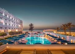 米特西斯大酒店 - 罗德镇 - 游泳池