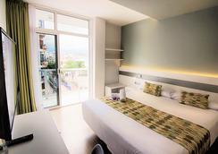 阿洛伊坎特拉斯酒店 - 大加那利岛拉斯帕尔马斯 - 睡房