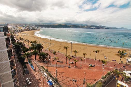 阿洛伊坎特拉斯酒店 - 大加那利岛拉斯帕尔马斯 - 海滩