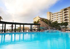 皇家岛民 - 全套房度假酒店 - 坎昆 - 游泳池