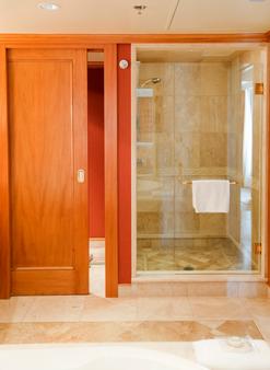 韦奇伍德休闲酒店 - 温哥华 - 浴室