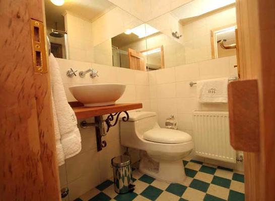 博列斯之家酒店 - 纳塔列斯港 - 浴室