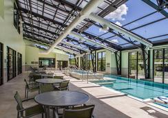 戴德伍德万豪春季山丘套房酒店 - Deadwood - 游泳池