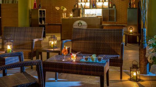 罗马卡潘尼尔酒店 - 罗马 - 酒吧
