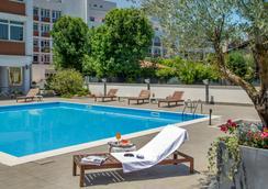 罗马卡潘尼尔酒店 - 罗马 - 游泳池