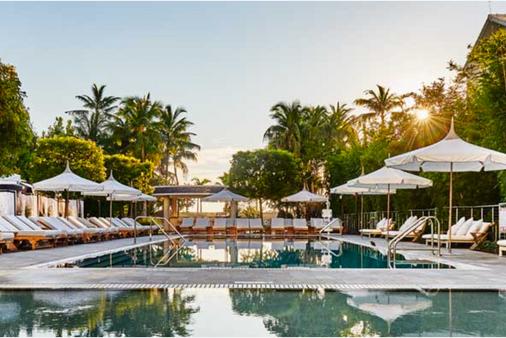 那堤路斯阿罗酒店 - 迈阿密海滩 - 游泳池