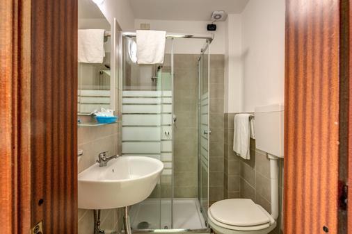 佛罗伦萨巴赛利亚酒店 - 佛罗伦萨 - 浴室