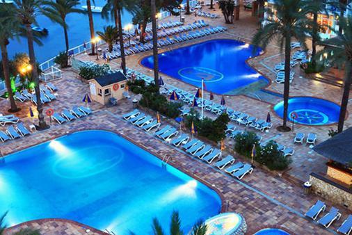特雷斯卡拉贝拉席瑞尼斯 Spa 酒店 - 式 - 伊维萨镇 - 游泳池