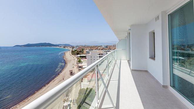 Sirenis Hotel Tres Carabelas & Spa - 伊维萨镇 - 阳台