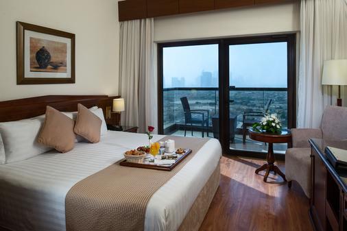 迪拜塔大华酒店 - 迪拜 - 睡房