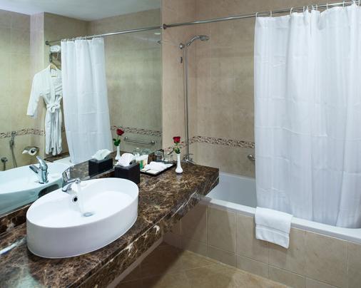 迪拜塔大华酒店 - 迪拜 - 浴室