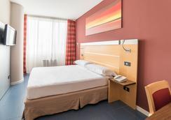 米兰圣西罗 Idea 酒店 - 米兰 - 睡房