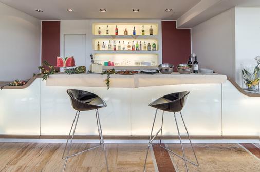 米兰圣西罗 Idea 酒店 - 米兰 - 酒吧